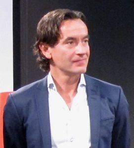 Douglas Roos, Gründer von Ladbrokes Norden