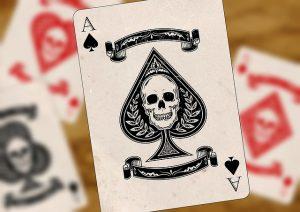 Spielkarte Ass mit Totenkopf