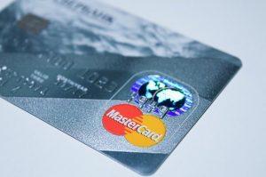 Die Oberseite einer Kreditkarte