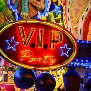 Eine VIP-Leuchtreklame