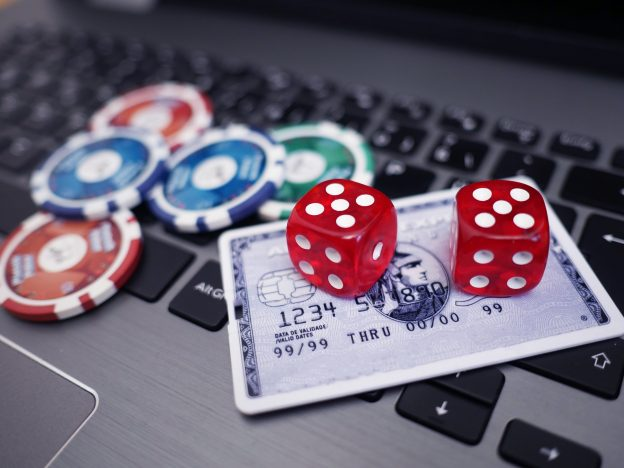 Computer, Würfel, Chips, Online Casino