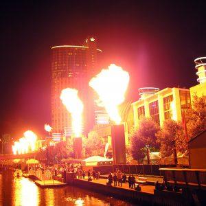 Feuerwerk vorm Crown Casino in Australien