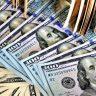 US-Dollar-Noten auf einem Haufen