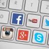 Social Media-Symbole auf einer Tastatur