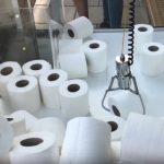 Coronavirus-Panik: Britische Spielhalle bietet Toilettenpapier als Preis in Greifautomaten an