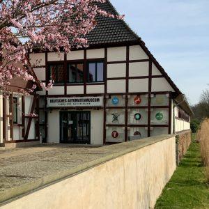 Haus, Baum, Deutsches Automatenmuseum