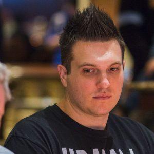Doug Polk beim Poker