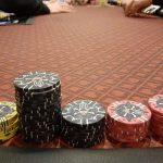 Corona-Krise: Ist soziale Distanzierung beim Live-Poker möglich?
