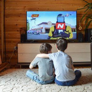 Kinder vor dem Fernseher, TV Kinder