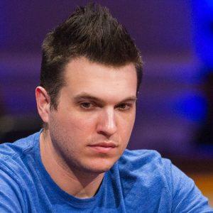 Doug Polk am Pokertisch