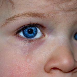 Kind, Augen, Tränen