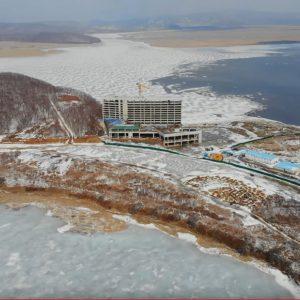 Shambala Primorje, Gebäude, Meer, Schnee