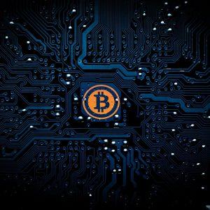 Bitcoin-Symbol auf schwarzem Hintergrund
