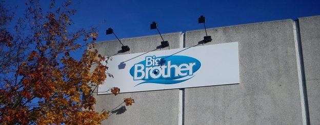 Big Brother Schild