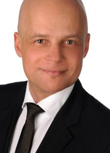Dr. Andreas Blaue