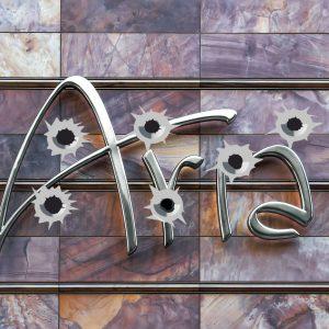 Aria, Einschusslöcher