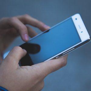 Smartphone, Hände