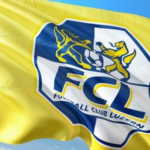 Flagge des FC Luzern