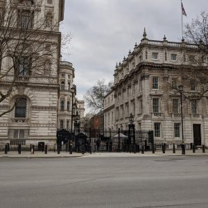 Leere Straße in London UK Parlament