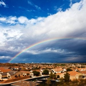 Häuser, Regenbogen, Wolken, Himmel