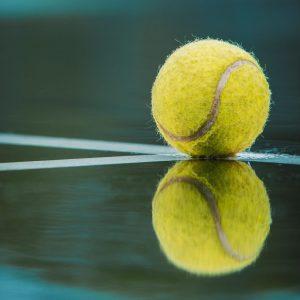 Tennisball Spiegelung