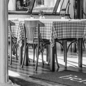 Tisch in italienischem Restaurant