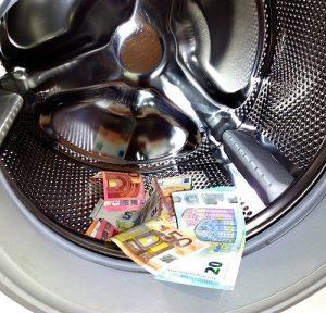 Waschmaschine Geldscheine