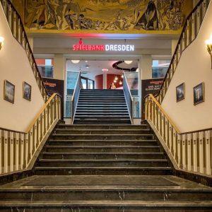 Eingang Spielbank Dresden