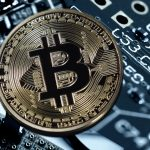 "Bitcoin-Betrug: Italienische Polizei ermittelt gegen nigerianische Mafia ""Black Axe"""
