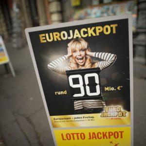 Eurojackpot Frau Lotto Jackpot