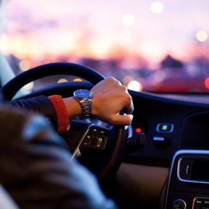 Autoinnenraum Fahrer