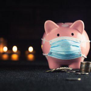 Sparschwein mit Mund-Nasenschutz