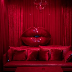 Roter Raum Kussmund