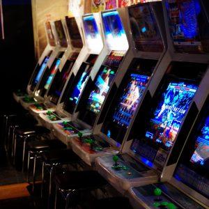 Spielhalle, Arcade-Spiele, Spielautomaten