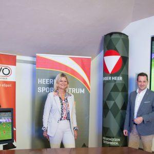 FBM mit E-Sportler Rekrut Fabio Özelt und Präsident des E-Sport Verbands Österreich Mag. Stefan Baloh