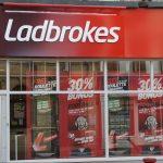 Sucht als Normalität? Britische Aufsicht verbietet Ladbrokes-Spot