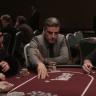 Männer am Pokertisch